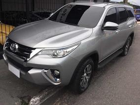 Toyota Hilux Sw4 2.7 Sr Flex 2018 Prata 7 Lugares