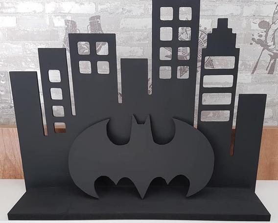 Prateleira Batman Gotham City