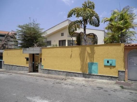 Casa 4 Ambiente Y 7 Baños