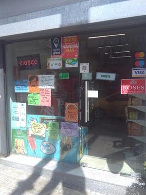 Salon Y Kiosco