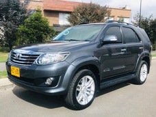 Toyota Fortuner Urbana At 2700cc Aa Ab Abs 2014