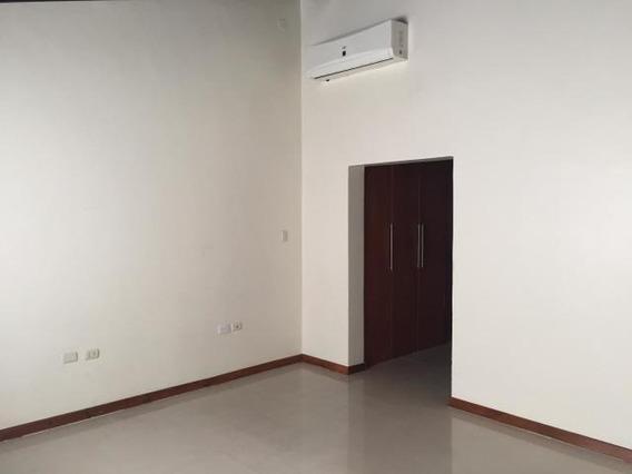 Casa En Colinas De Santa Rosa Barquisimeto Jrh 20-4700