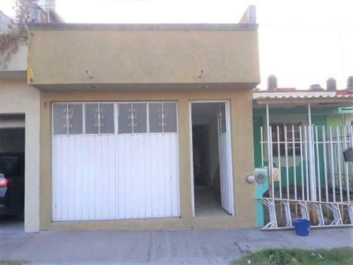 Casa Sola En Venta Fracc El Treból