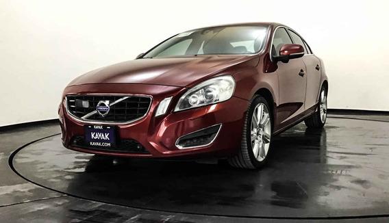 14139 - Volvo 2011 Con Garantía At