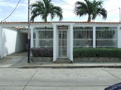 Se Vende Casa En Urb. Corinsa Codflex 16-9336 Mj