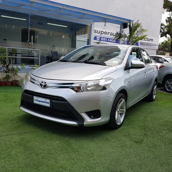 Toyota Yaris 2015 $ 10500