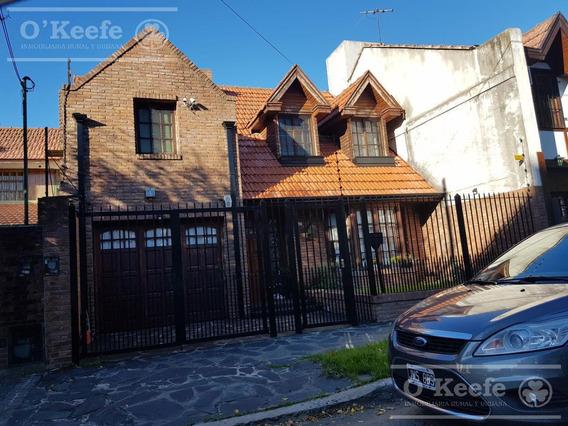Excelente Casa 4 Dormitorios !!! A Pasos Del Centro De Quilmes