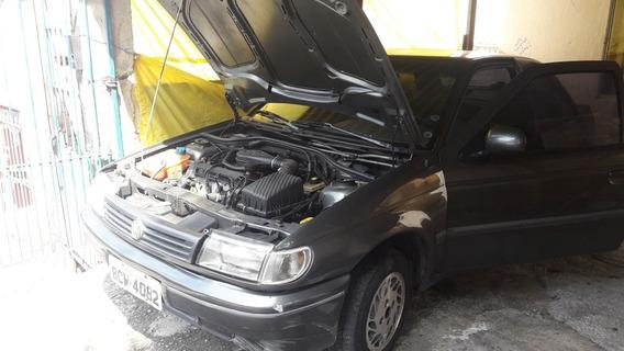 Volkswagen Logus Sedan
