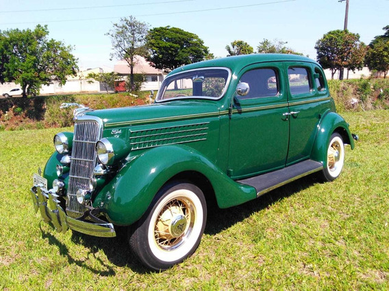 Ford Fordor Touring Sedan 1935 V-8 4 Portas