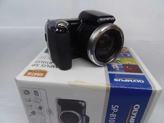 Câmera Olympus Sp-810uz Preta 14mp Lcd 3 Zoom 36x Hd Sd 4gb