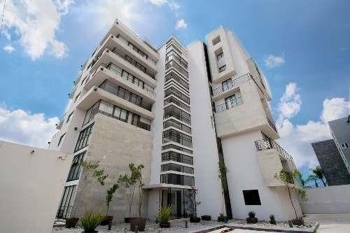 En Venta Departamento De 3 Habitaciones, 2 Terrazas Y 3 Lugares De Estacionamiento En La Torre Zavaleta En Puebla