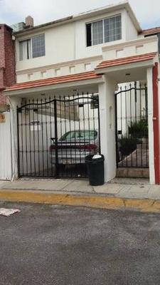 En Calle Cerrada A Un Paso De Galerias Atizapan