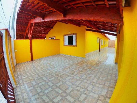 Casa Em Mongaguá Com Piscina R$ 275 Mil
