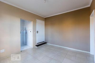 Apartamento No 2º Andar Com 1 Dormitório - Id: 892908682 - 208682