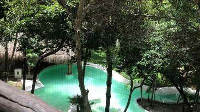 Venta Casa En Condominio. Res. Xik-na. Sm. 4 Cancun, Q. Roo