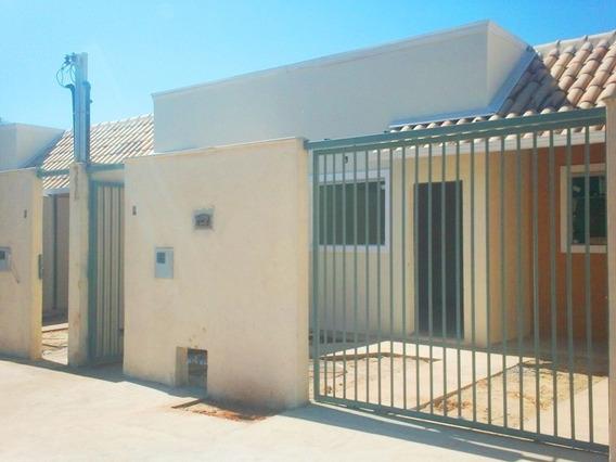 Casa Geminada Com 2 Quartos Para Comprar No São Benedito Em Santa Luzia/mg - 630