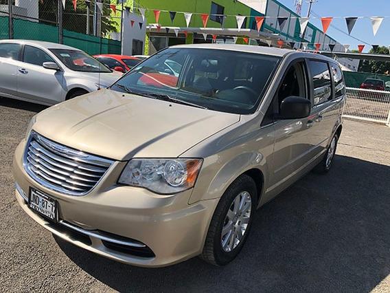 Chrysler Town & Country Li 2014