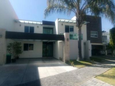 Casa 5 Recámaras Una En Pb, Lomas De Angelópolis 1,cluster 333