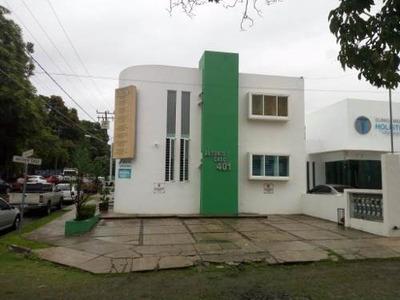 Se Renta Consultorio En Lomas De Circunvalación, Colima