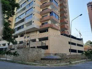 Apartamento En Venta Las Chimeneas Valencia 20-8123 Dam