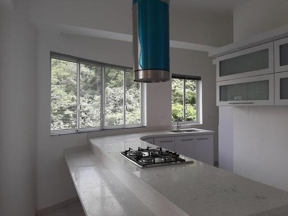 Apartamento En Venta El Parral, Valencia Cod 20-1430 Ddr