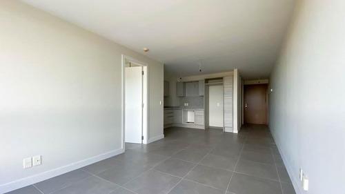 1 Dormitorio Con Garage En Piso 9 - Punta Del Este