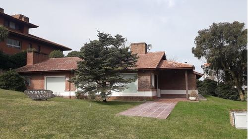 Casa De 3 Dormitorios A 100 Mts Del Mar - Pinamar
