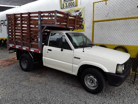Mazda B2200 1993 2.2 B2200 4x2