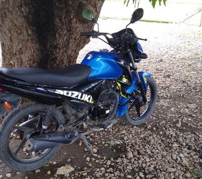 Viendo Moto Hyt 115 Suzuki Modelo 2019 Papeles Al Día