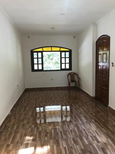 Casa Terrea 3 Dormitórios, Prox. Av Rio Pequeno - Fl35