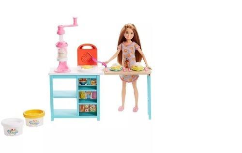 Barbie Stacie Estaçao De Doces Mattel Frh74