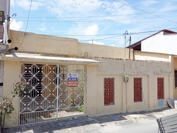 Aluguel Casa 2 Quartos, Garagem - Bairro Luciano Cavalcante