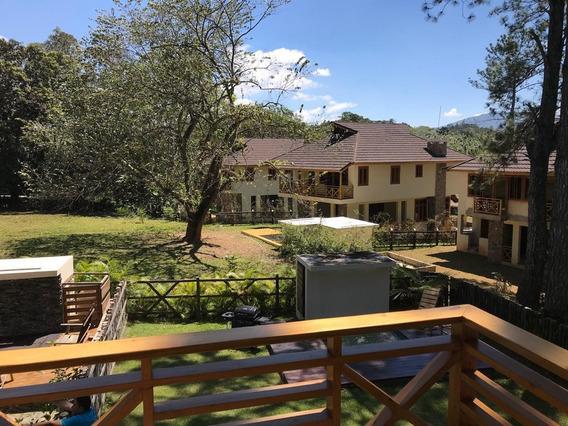 Vendo Villa En Jarabacoa De 2 Habitaciones Roroq