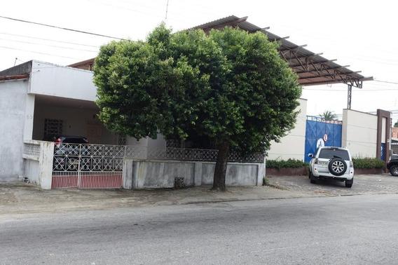 Casa Em Montese, Fortaleza/ce De 145m² 4 Quartos Para Locação R$ 1.800,00/mes - Ca162734