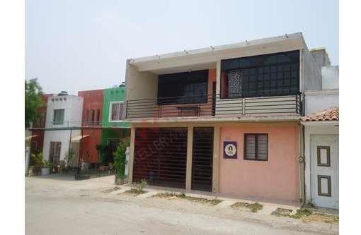 Casa En Venta En Fracc. Real Del Bosque