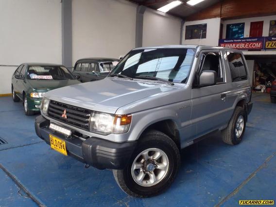 Mitsubishi Montero 2.4 4x4 3p