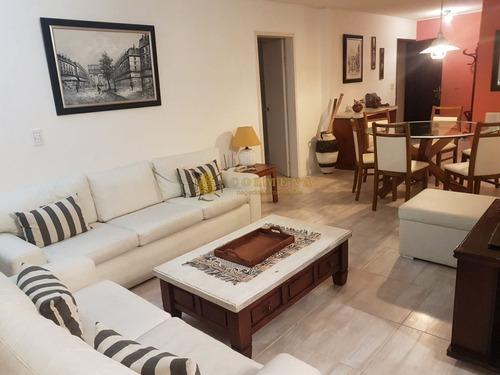 Apartamento En Peninsula 2 Dormitorios- Ref: 4025