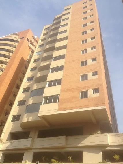 Elisha Dcesare Vende Apartamento En Res. Victoria Palace