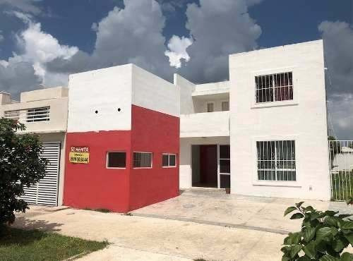 Renta Local Comercial Fraccionamiento Las Americas En Avenid