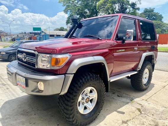 Toyota Macho 2019 4x4