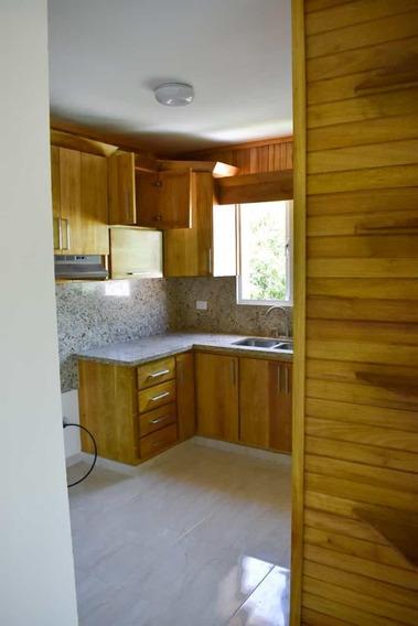 Apartamento De 3 Habitaciones En La Hispanoamericana