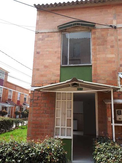Casa Hermosa 3 Niveles Barrio Soacha Conjunto Cerrado