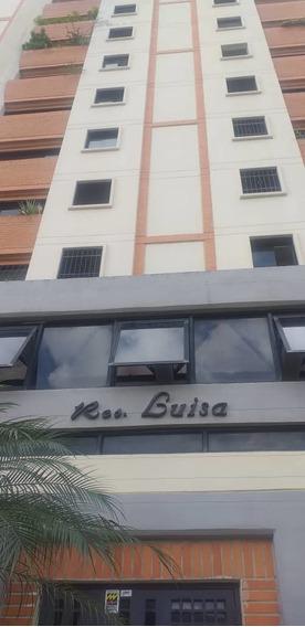 Economico Apartamento En Urb Los Caobos 04243693700