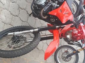 Se Vende Moto De Segunda Sukida 200 Matriculada Hasta El 202