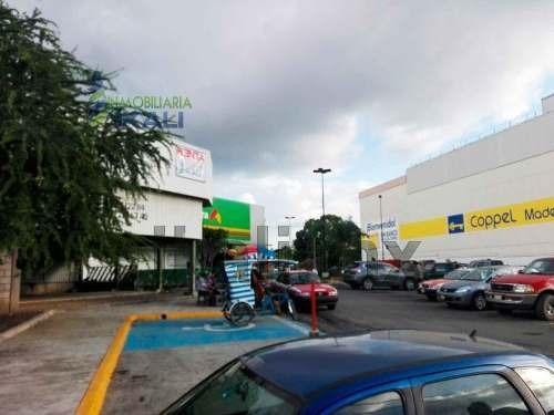 Renta Local Comercial 153 M² Alamo Temapache, Se Encuentra Ubicado A Un Costado Del Centro Comercial Bodega Aurrera Y Coppel En La Bulevar Quintana Roo De La Colonia Francisco I Madero En La Ciudad D