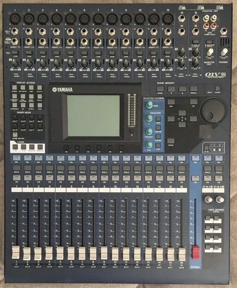 Mesa Digital Yamaha 01v96 V2 (32 Canais)