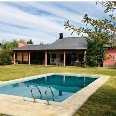 Casa Nivel Gerencial 280m2 Sobre Terreno De 30m X 50m