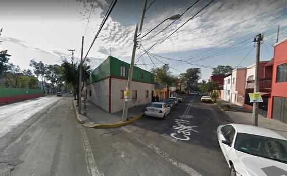 Casa Sola En Venta....!