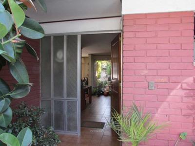 Casa En Barrio Residencial