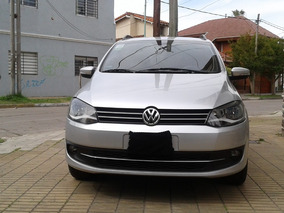 Volkswagen Suran Highline 2010